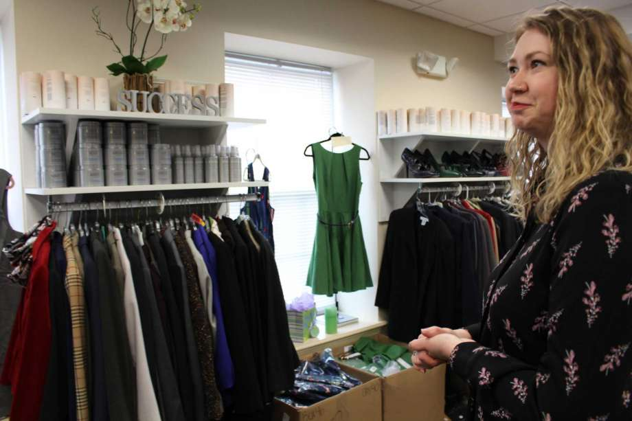 Dress for Success to hold sale of professional women's attire